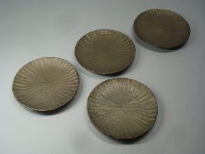 錫彩の木の器