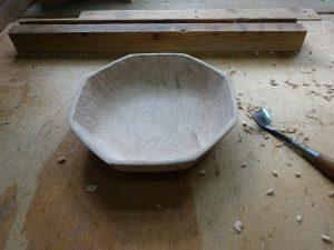 木の八角鉢