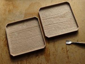 栗の木 隅切盆 手彫り