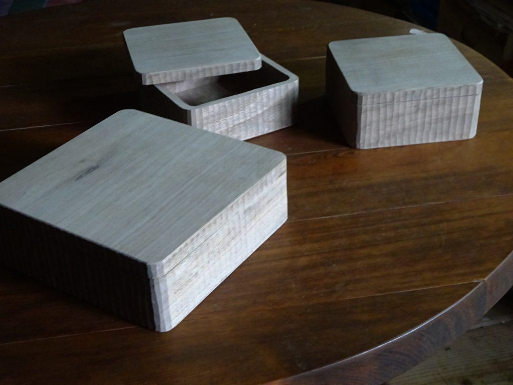 木の器 蓋物