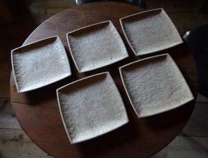 栗の木の皿
